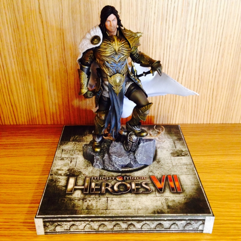 heroes-7-collectors-edition-ivan-figurine